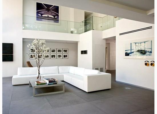 Holandsk inspirace styl a interier for White tiled living room designs