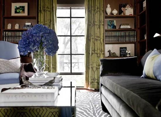 Elegantní a vkusný starožitný pokoj