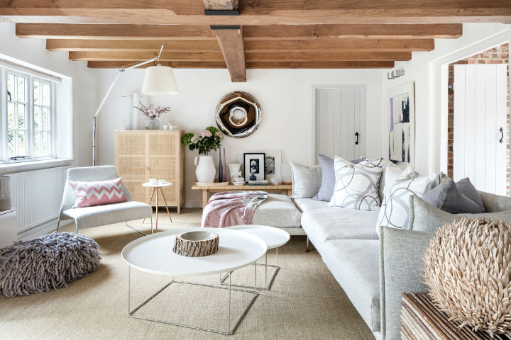 19edcd2686 Současný interiérový design zasahuje do moderny